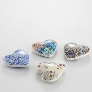 Wholesale ceramic heart decorative home decor pictures & photos