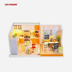 2018 New Arrivals Toy Cheap Children Doll House Christmas Pictures