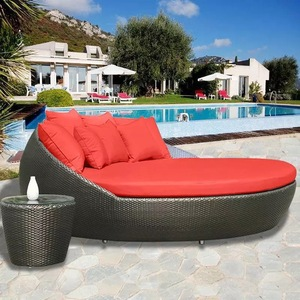 Best selling swimming pool beach lounge bed garden furniture set wicker round sun bed pictures & photos