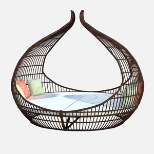 Patio Leisure Rattan Lounger Bed Outdoor Lounge Furniture Wicker Garden Daybed