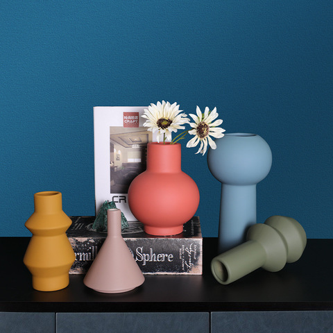 Nordic Morandi color ceramic small vase flower arrangement decoration living room dining room model room coffee shop decoration pictures & photos