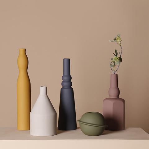 Nordic style Morandi color CreativeinsCeramic dried flower vase Living room flower arrangement simple home decoration ornaments pictures & photos